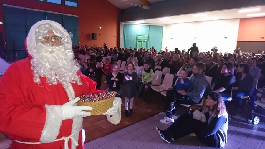 Spectacle de Noël des enfants de Rebréchien