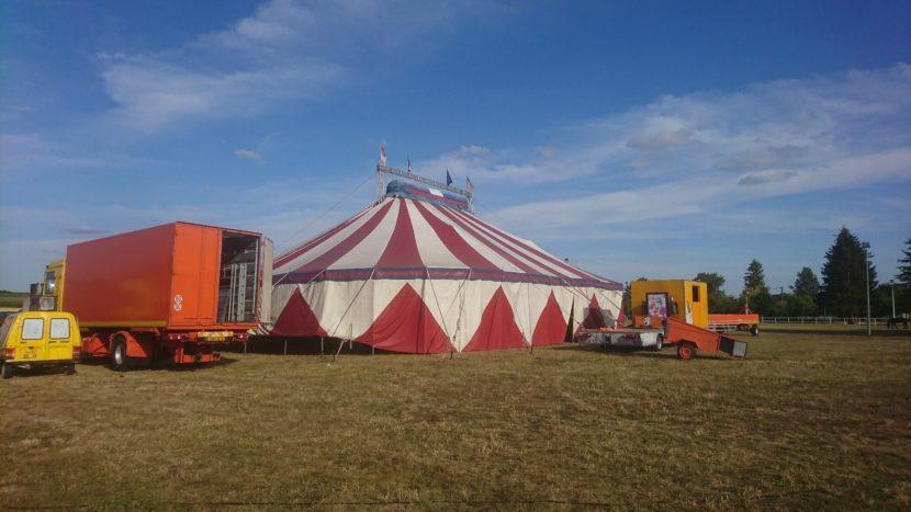 Départ du Cirque Gougeon
